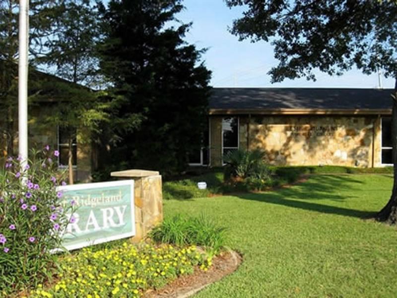 Ridgeland Public Library Photo Location